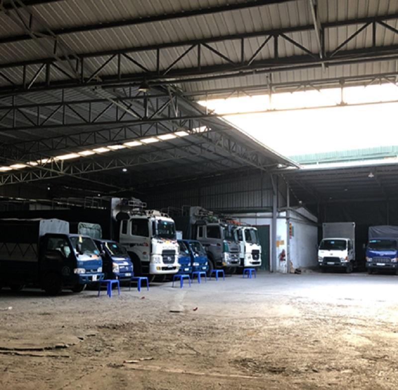 Kho xe tải iChina Company dùng để vận chuyển hàng cho khách nhanh chóng và đảm bảo